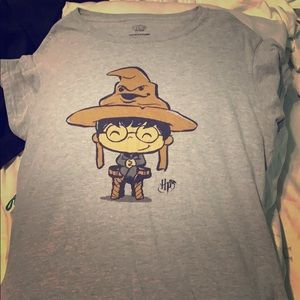 Harry Potter + Sorting Hat Tee ⚡️